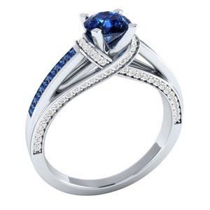 Elegant 925 Silver Ring Round Cut Blue Sapphire